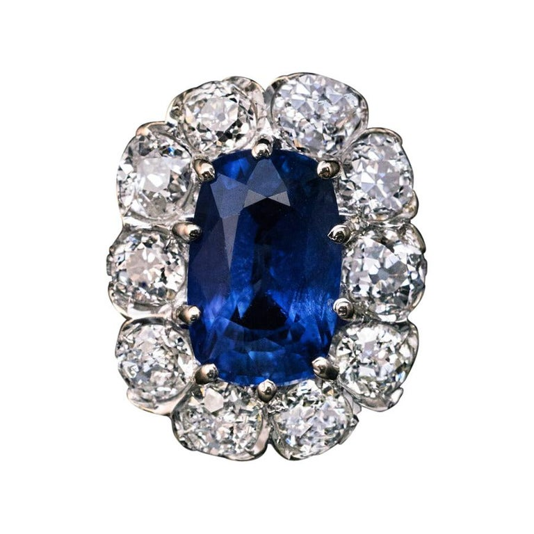 Vintage Sapphire Diamond Gold Engagement Ring For Sale