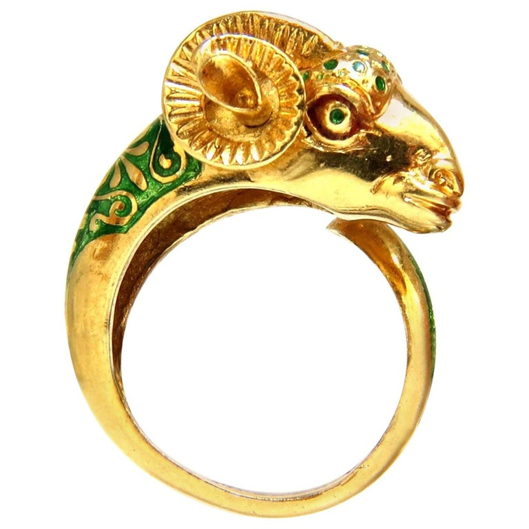 Vintage Satanic Ram Endless Ring 18 Karat