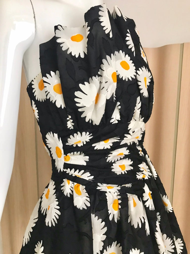 Women's  Vintage Scaasi Daisy Print Strapless Cocktail Dress For Sale