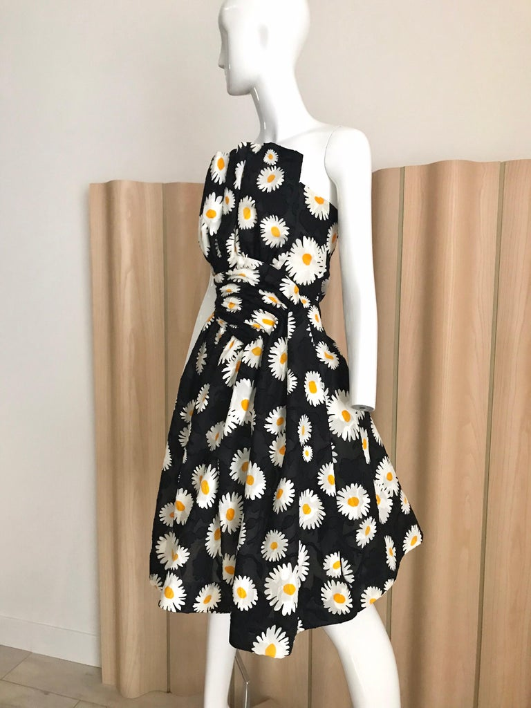 Vintage Scaasi Daisy Print Strapless Cocktail Dress For Sale 2