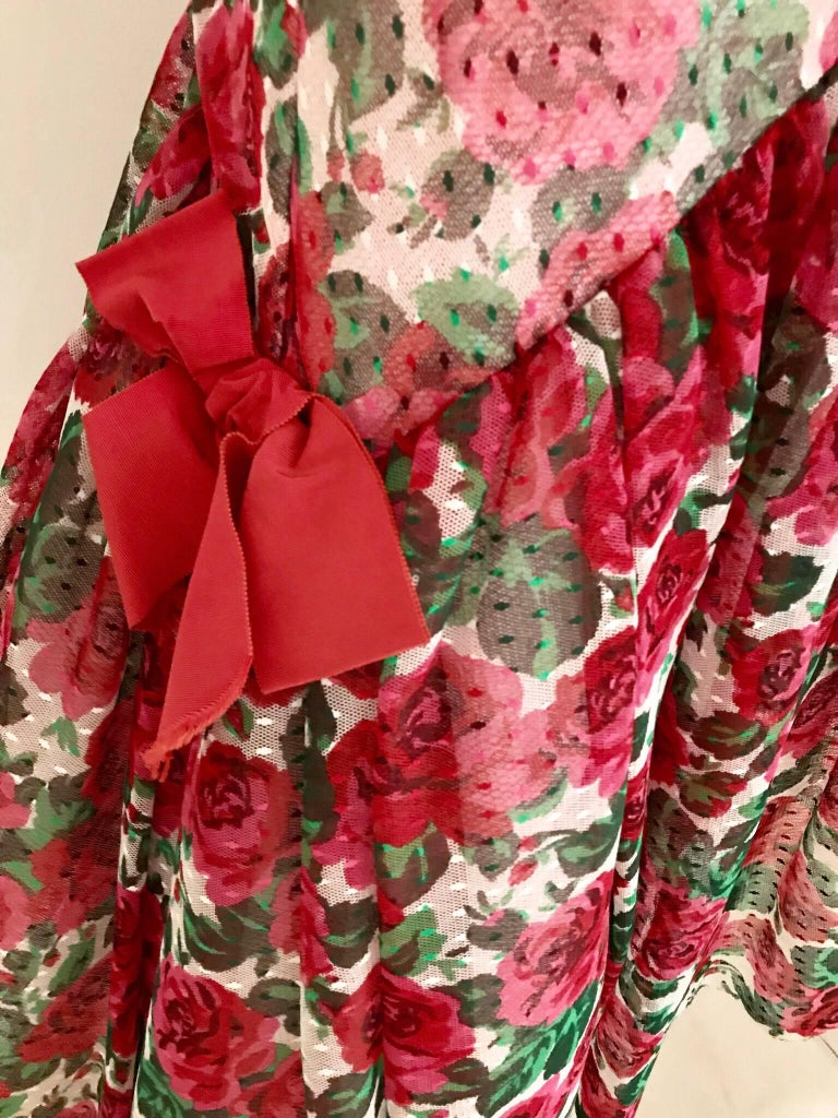 Vintage SCAASI Strapless Red Floral Print Strapless Cocktail Dress In Excellent Condition For Sale In Beverly Hills, CA
