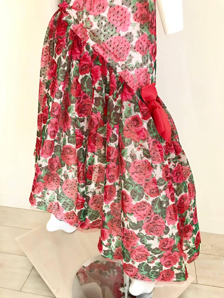 Vintage SCAASI Strapless Red Floral Print Strapless Cocktail Dress For Sale 3