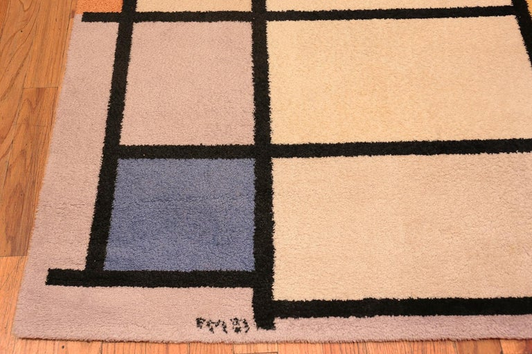Vintage Scandinavian Danish Art Rug Attributed to Piet Mondrian In Excellent Condition For Sale In New York, NY