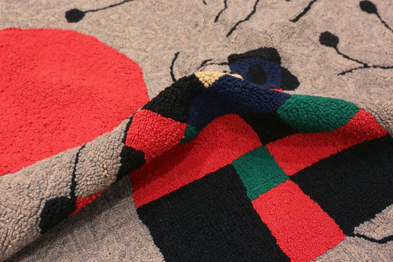 Vintage Scandinavian Joan Miró Tapestry 2 ft 9 in x 3 ft 7 in In Good Condition For Sale In New York, NY