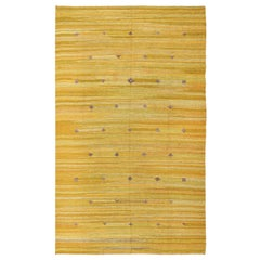 Vintage Scandinavian Kilim Rug. Size: 5 ft 7 in x 9 ft 1 in (1.7 m x 2.77 m)