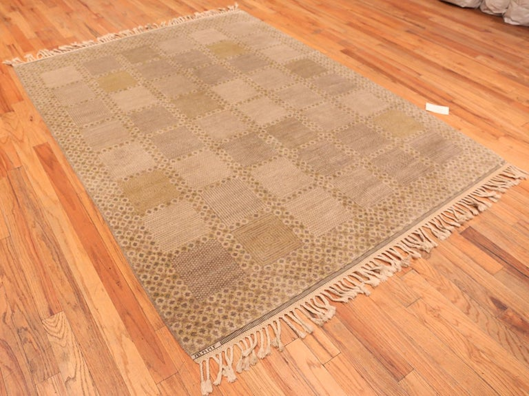 Vintage Scandinavian Marta Maas Swedish Rug. Size: 6 ft 6 in x 8 ft 3 in For Sale 1