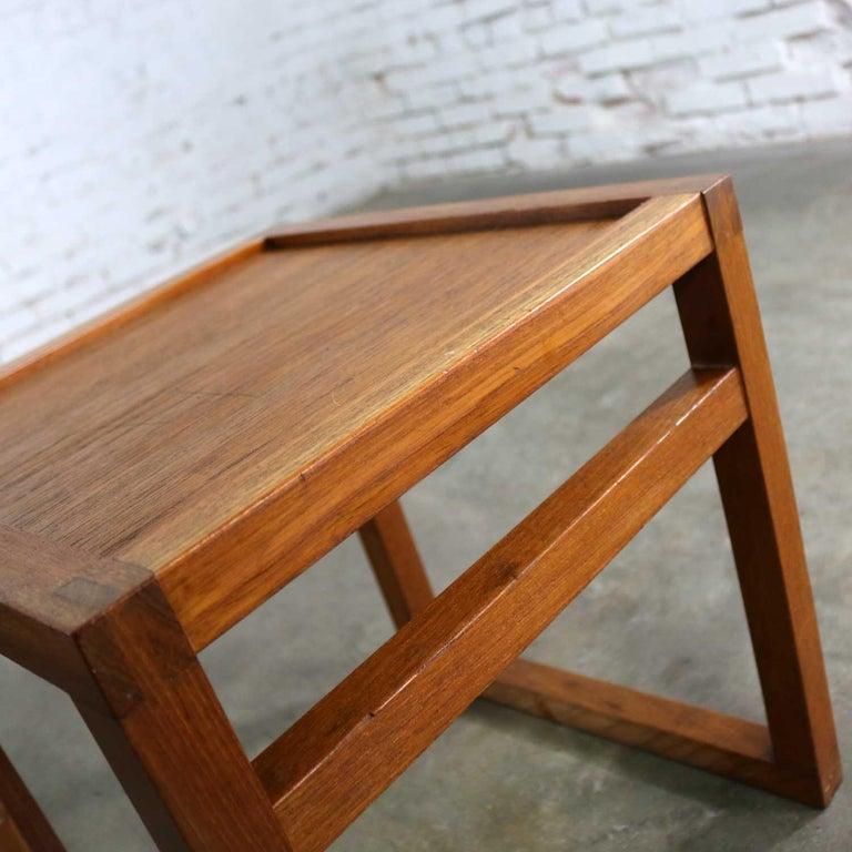 Vintage Scandinavian Modern Pair of Square Open Cube Side Tables in Teak For Sale 7