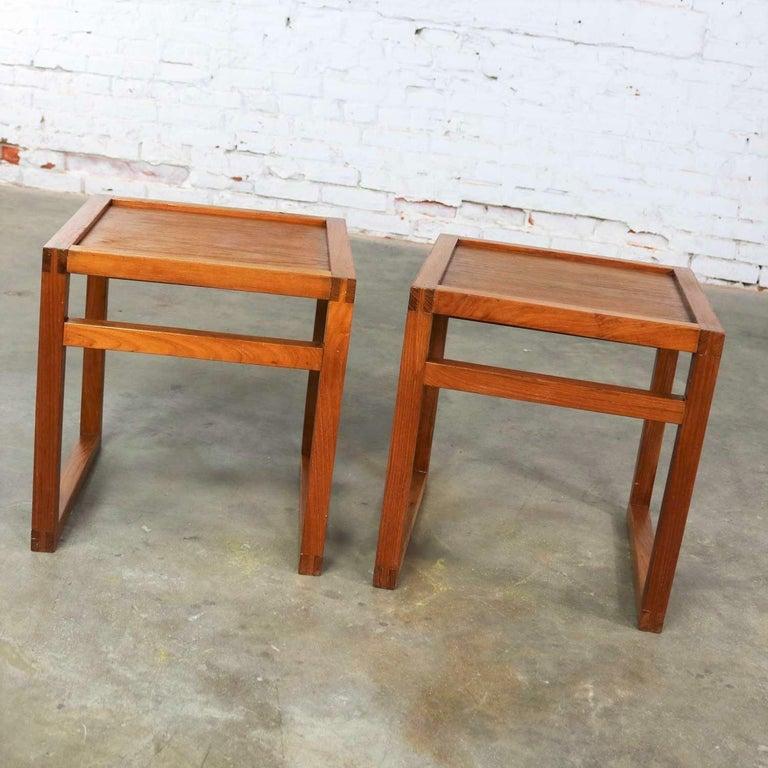 Vintage Scandinavian Modern Pair of Square Open Cube Side Tables in Teak For Sale 2