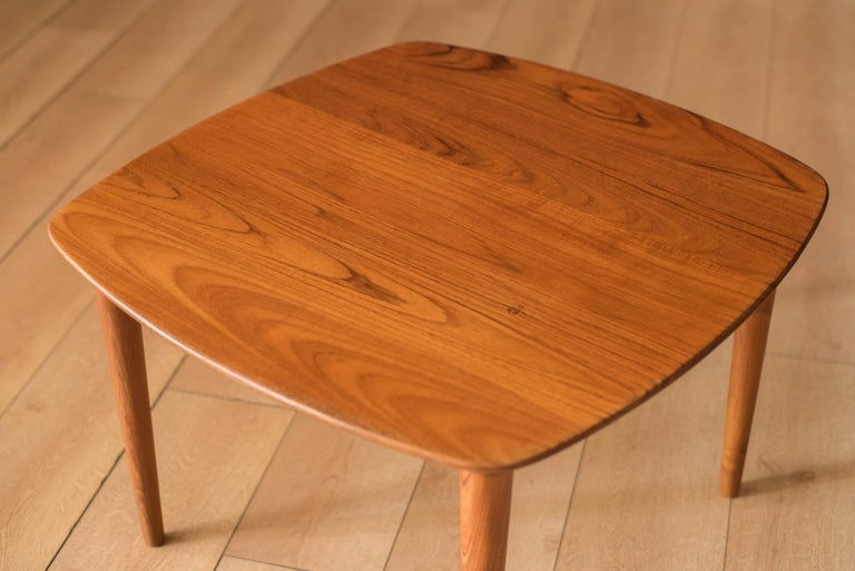 Vintage Scandinavian Solid Teak End Table by Gustav Bahus In Good Condition For Sale In San Jose, CA