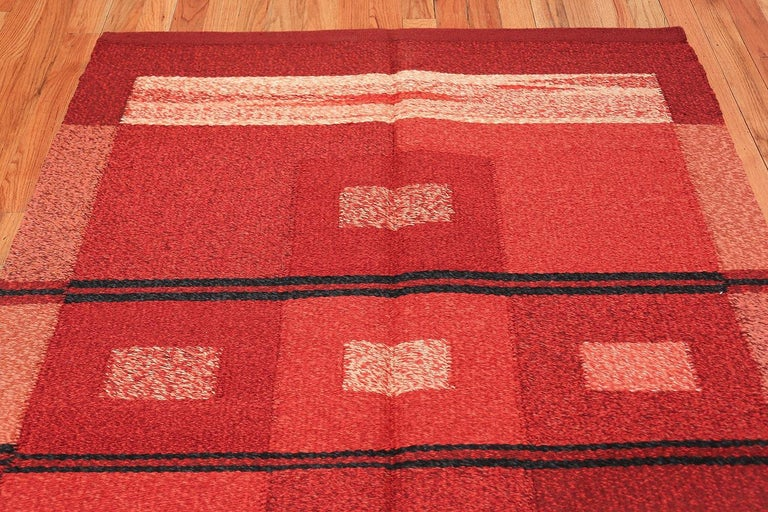 Vintage Scandinavian Swedish Kilim Rug. Size: 4 ft 9 in x 7 ft 4 in For Sale 1