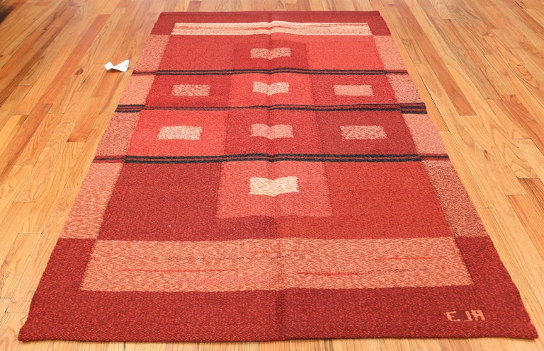 Vintage Scandinavian Swedish Kilim Rug. Size: 4 ft 9 in x 7 ft 4 in For Sale 2