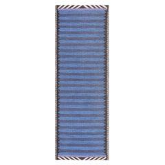 Vintage Scandinavian Swedish Rug. Size: 3 ft x 8 ft (0.91 m x 2.44 m)