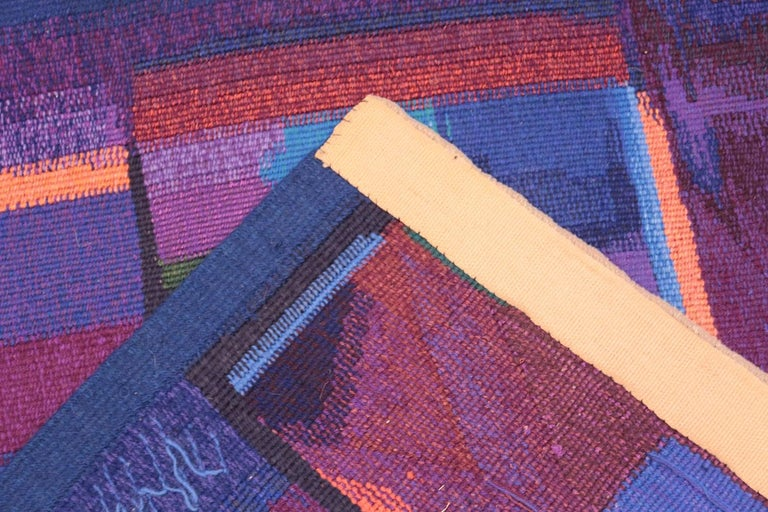 Mid-20th Century Vintage Scandinavian Tapestry Rug by Eevahenna Aalto. Size: 3' 5