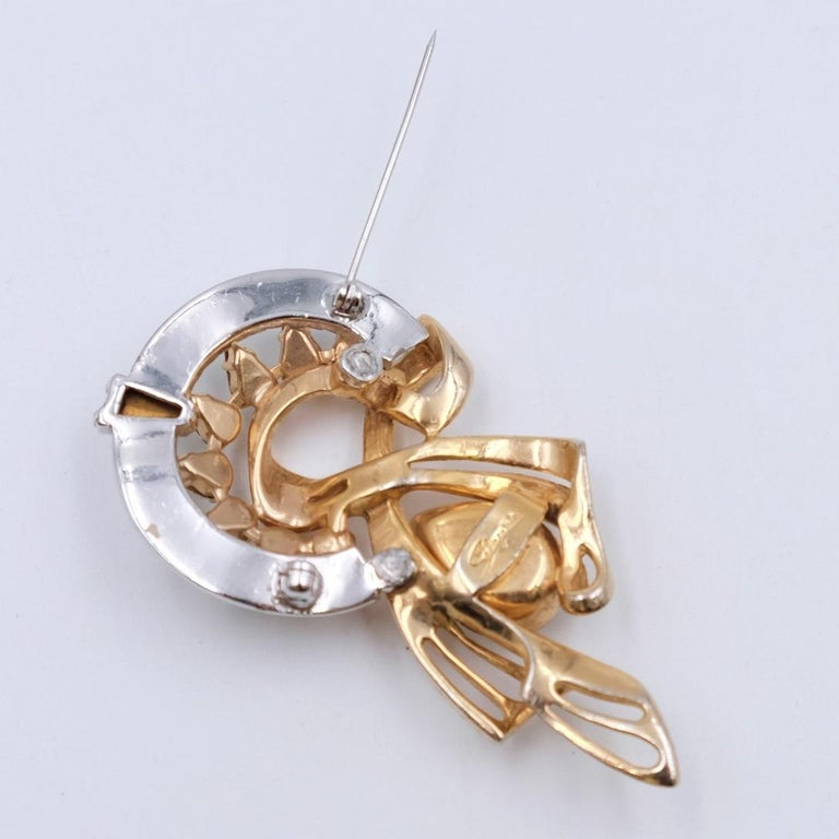 Vintage Schiaparelli Brooch With Rhinestones 1940s In Excellent Condition For Sale In Austin, TX