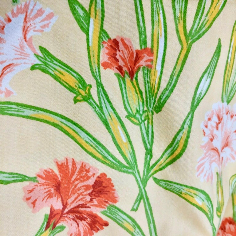 Vintage Schumacher Waverley carnations hand-printed cotton textile. Rare, gorgeous floral print. Pink and coral carnations in various states of bloom on gentle peach / yellow background. This listing is for a lot of 6 yards. 56