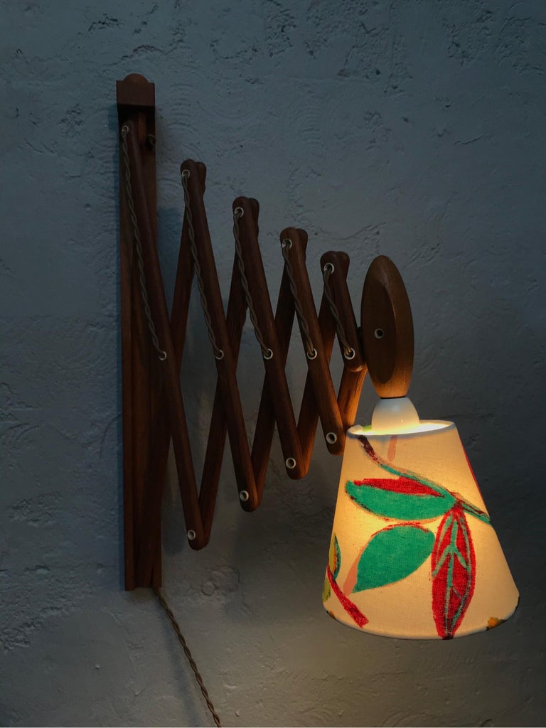 Vintage Scissor Lamp in Teak from the 1960s by Erik Hansen for Le Klint For Sale 3