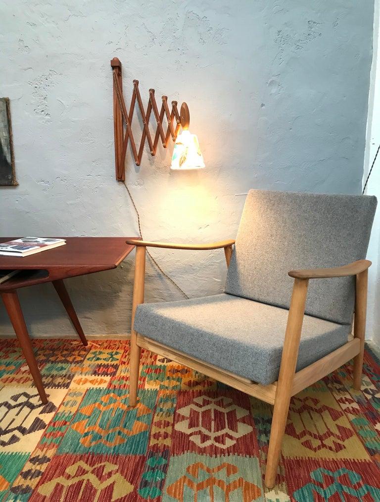 Vintage Scissor Lamp in Teak from the 1960s by Erik Hansen for Le Klint In Good Condition For Sale In Søborg, DK