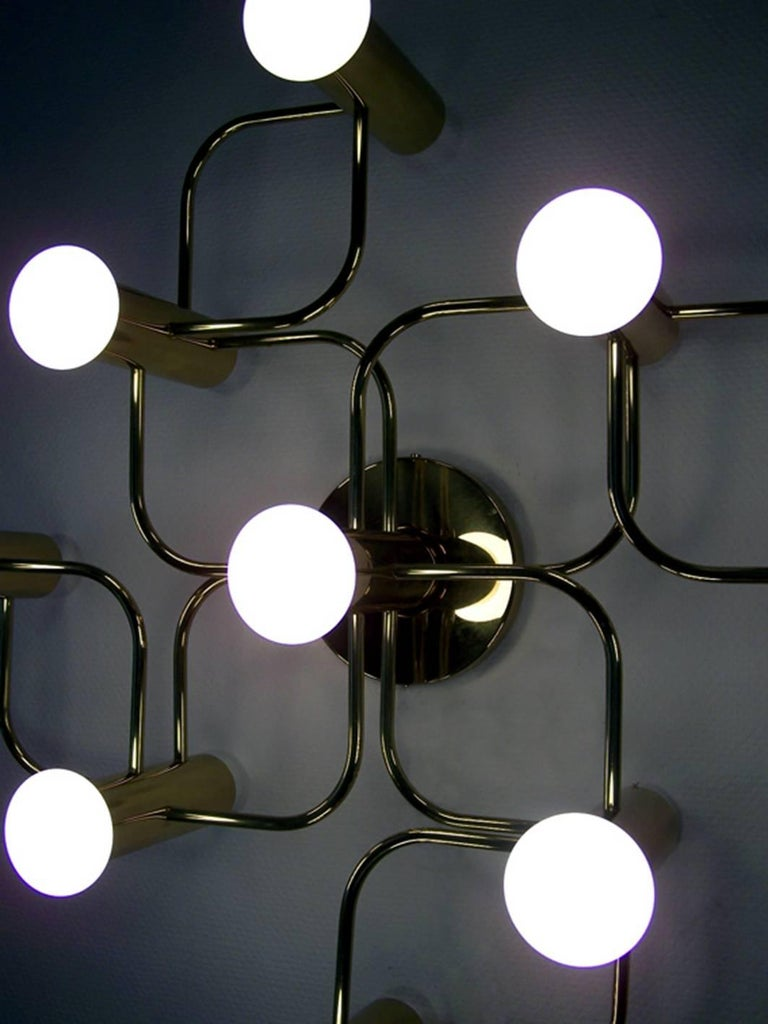 Vintage Sculptural Ceiling or Wall Flush Mount Light Chandelier by Leola, 1960s In Good Condition For Sale In Berlin, DE