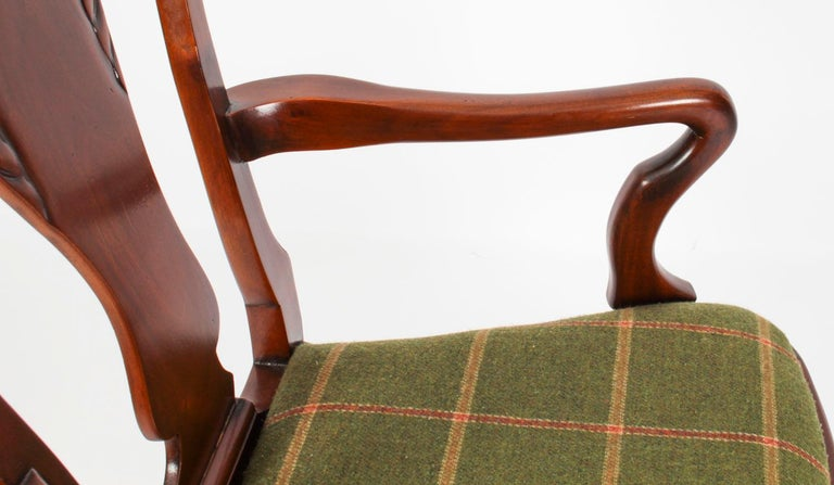 Vintage Set 12 Queen Anne Revival Mahogany Dining Chairs, Mid 20th Century For Sale 5
