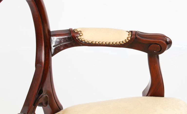 Mahogany Vintage Set 12 Victorian Revival Balloon back Dining Chairs 20th C For Sale