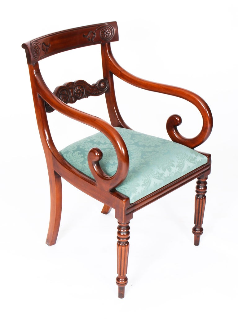 Vintage Set 14 Mahogany Regency Revival Bar Back Dining Chairs 20th C In Good Condition For Sale In London, GB