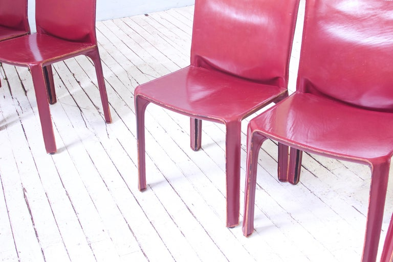 Vintage Set of Eight Bordeaux Leather 412 Cab Chairs by Mario Bellini, 1977 For Sale 2