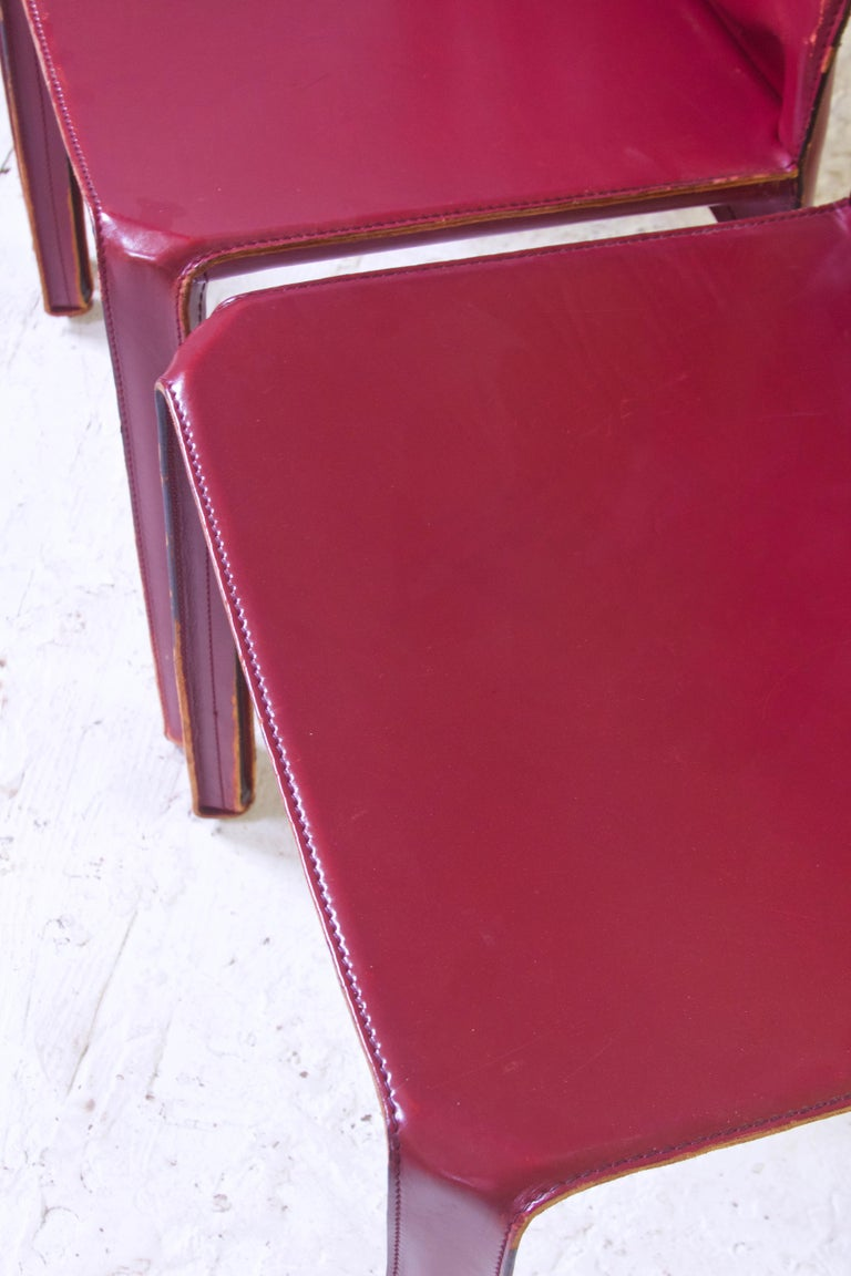Late 20th Century Vintage Set of Eight Bordeaux Leather 412 Cab Chairs by Mario Bellini, 1977 For Sale