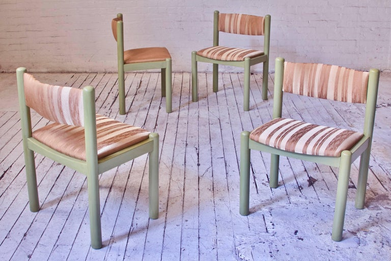 Vintage Set of Four Dining Chairs in Silk and Glazed Oak, Sweden, 1960s In Good Condition For Sale In Brooklyn, NY