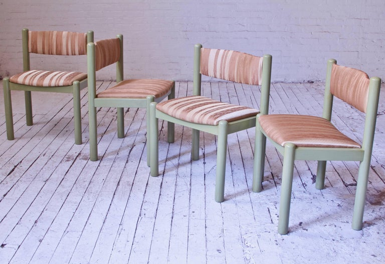 Vintage Set of Four Dining Chairs in Silk and Glazed Oak, Sweden, 1960s For Sale 1