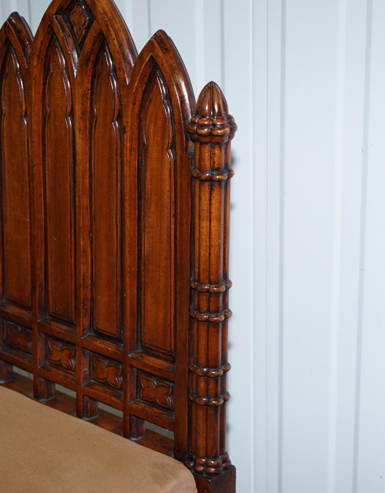 Vintage Set of Four Gothic Style Steeple Back Carved Wood Dining Chairs Must See In Good Condition For Sale In London, GB