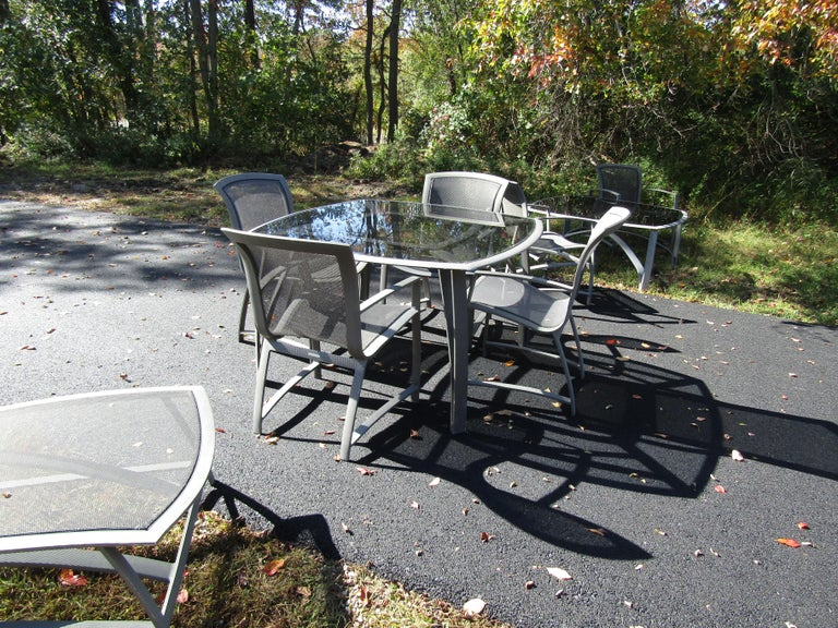 Vintage Set of Patio Furniture by Brown Jordan In Good Condition For Sale In Brooklyn, NY