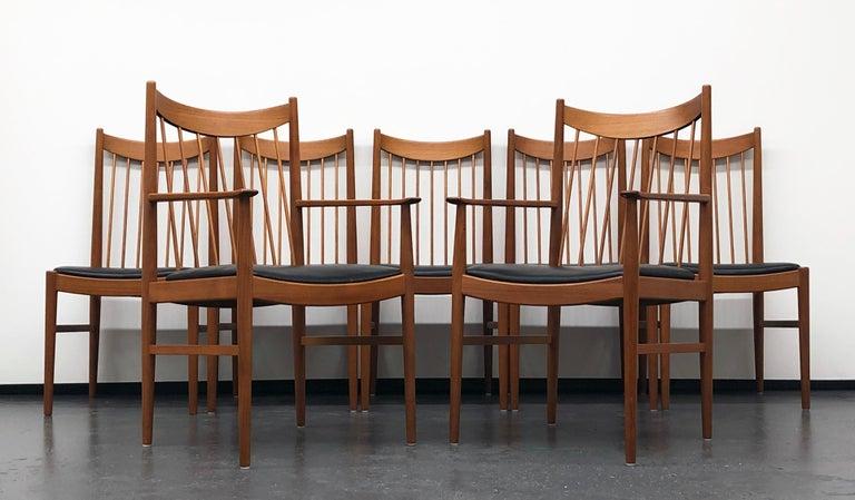 Danish Modern Set of Six Plus One Teak Spindle Back Dining Chairs  Arne Vodder  For Sale 4