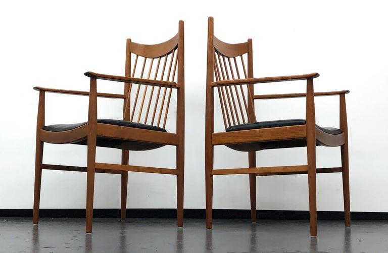 Vintage Set of Seven Teak Spindle Back Dining Chairs by Arne Vodder for Sibast For Sale 4
