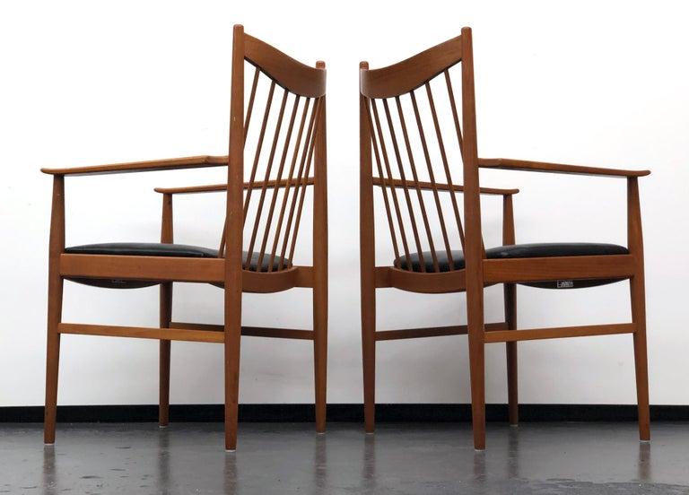 Vintage Set of Seven Teak Spindle Back Dining Chairs by Arne Vodder for Sibast For Sale 5