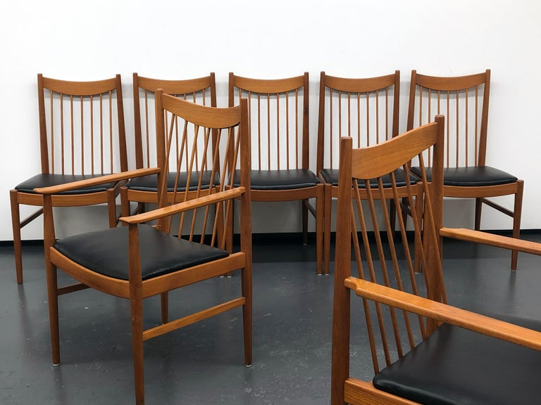 Vintage Set of Seven Teak Spindle Back Dining Chairs by Arne Vodder for Sibast In Good Condition For Sale In Washington, DC