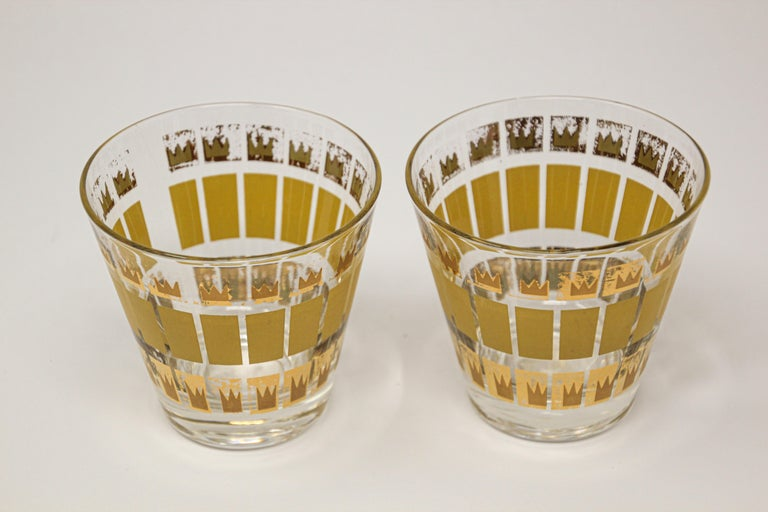 Elegant exquisite vintage set of two whiskey glasses designed by Fred Press.
