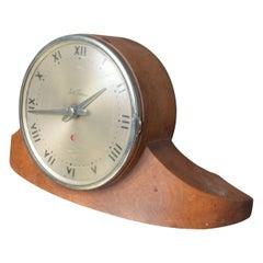Vintage Seth Thomas Dynaire 2 E Wood Mantel Art Deco Clock, 1950s