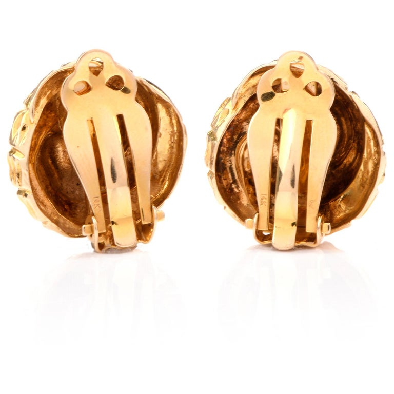 Artisan Vintage Shell Motif 14 Karat Clip on Earrings For Sale