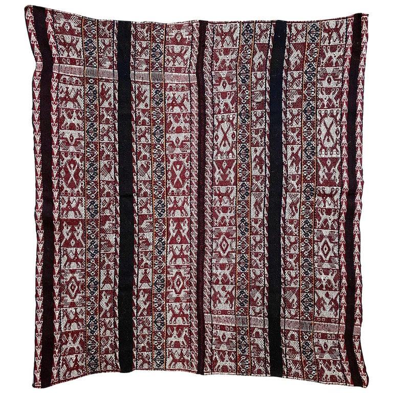 Vintage Shoulder 'Manta' or Carrying Cloth, Quechua People, Sacred Valley, Peru For Sale