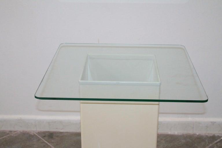 Italian Vintage Side Table Design Kartell 1970s Signed For Sale