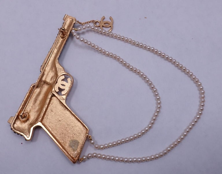 Women's or Men's Vintage Signed Chanel Runway Pistol Brooch 2001 Autumn For Sale