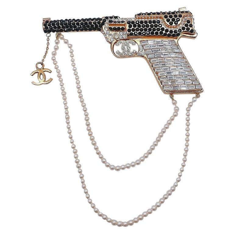 Vintage Signed Chanel Runway Pistol Brooch 2001 Autumn For Sale