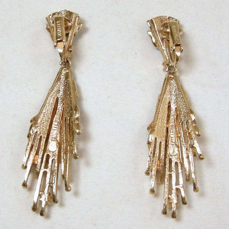 Vintage Signed Panetta Black & Gold Drop Earrings In Good Condition For Sale In New York, NY