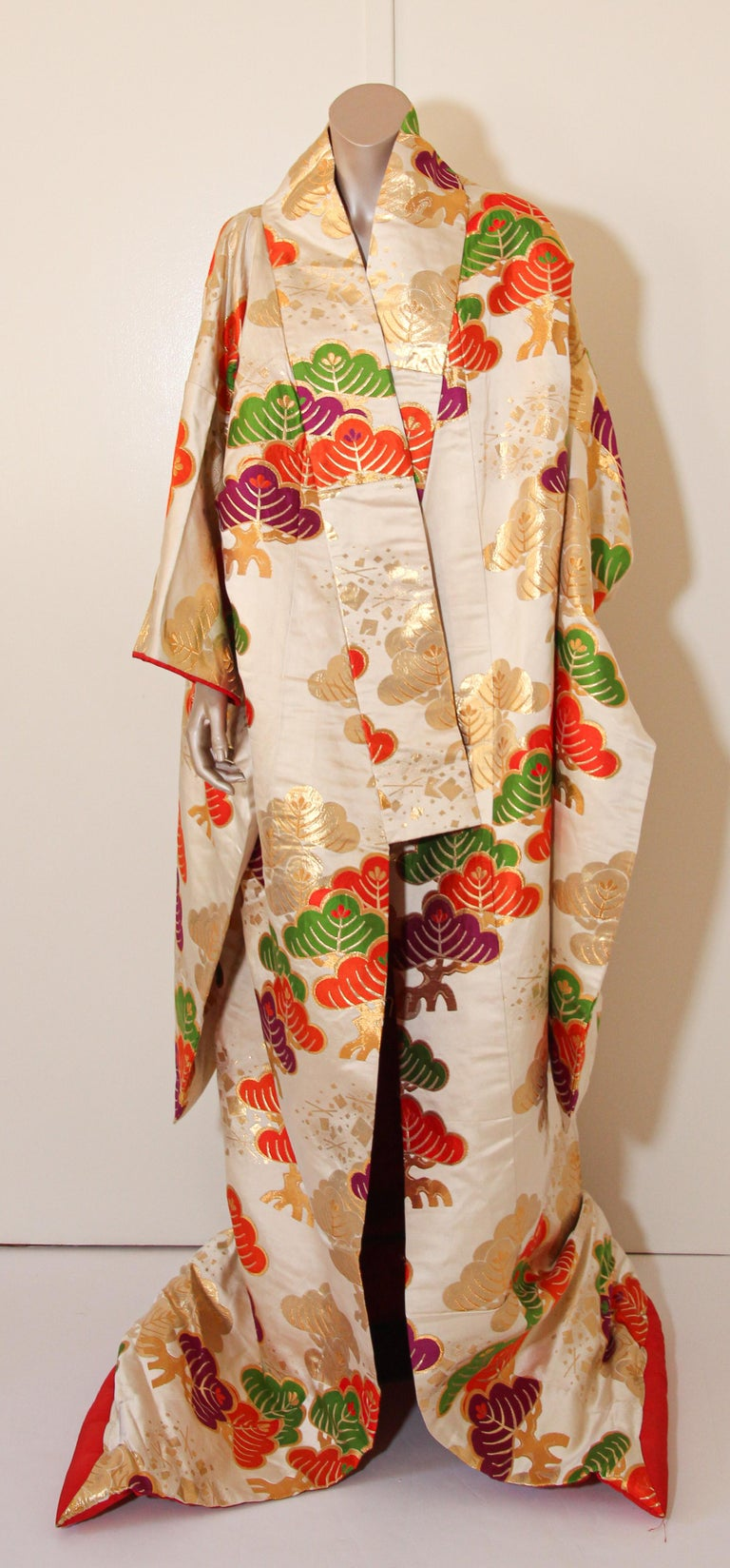 Vintage Silk Brocade Japanese Ceremonial Kimono For Sale 4