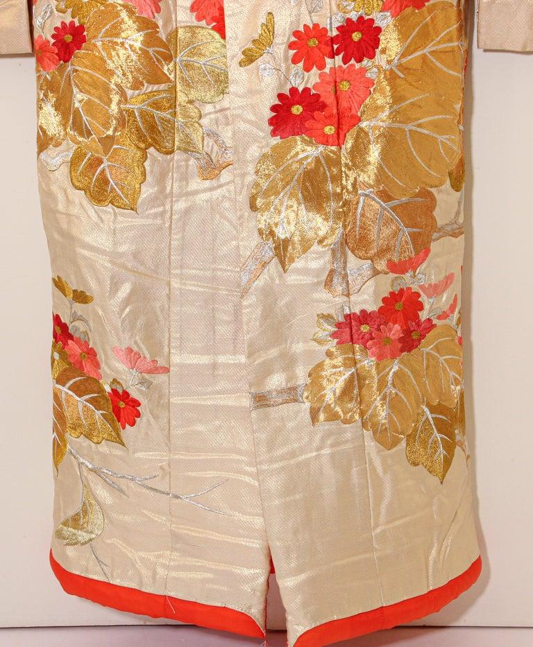 Vintage Silk Brocade Japanese Ceremonial Wedding Kimono For Sale 4