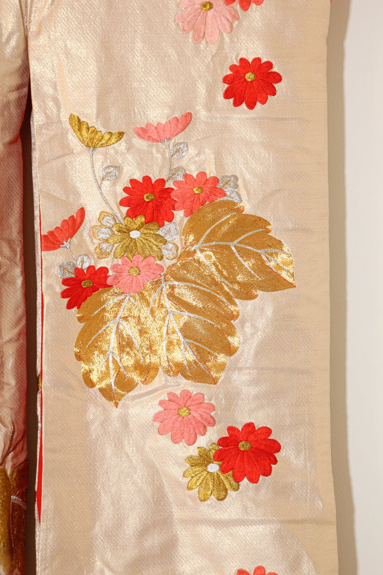 Vintage Silk Brocade Japanese Ceremonial Wedding Kimono For Sale 5