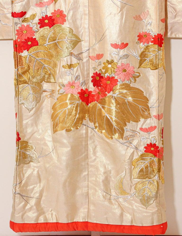 Vintage Silk Brocade Japanese Ceremonial Wedding Kimono For Sale 13