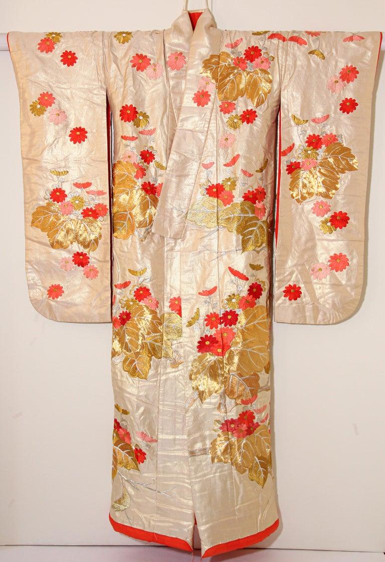 Vintage Silk Brocade Japanese Ceremonial Wedding Kimono For Sale 2