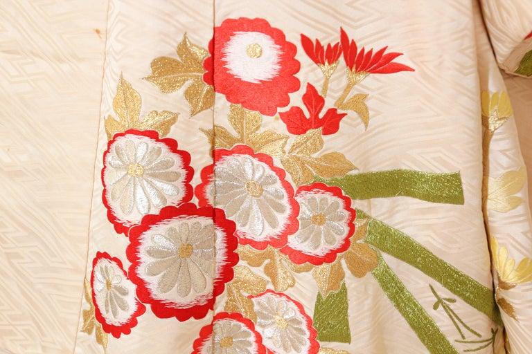 Vintage Silk Brocade Japanese Wedding Kimono For Sale 4