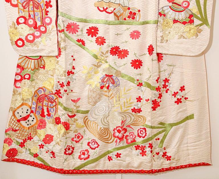 Vintage Silk Brocade Japanese Wedding Kimono For Sale 10